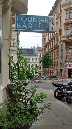 Lounge-Bar-Aussenseite-5